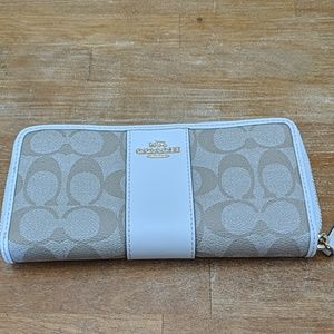 White and tan coach wallet